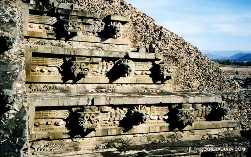 Современный Теотиуакан - археологический комплекс