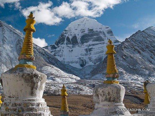 Гора Кайлас (Кайлаш) – Священная пирамида Меру