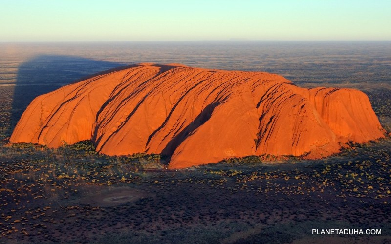 Скала Улуру (Uluru)