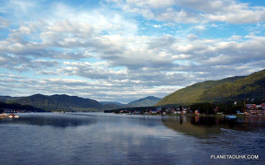Телецкое озеро, Горный Алтай - Прибрежный поселок