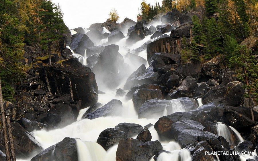 Большой Чульчинский водопад (Водопад Учар) вблизи - Горный Алтай
