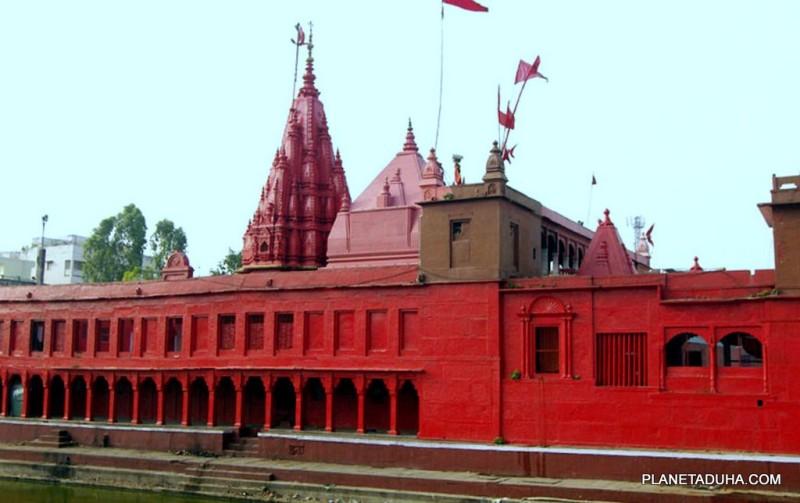 Храм Дурга (Durga Temple) в Варанаси