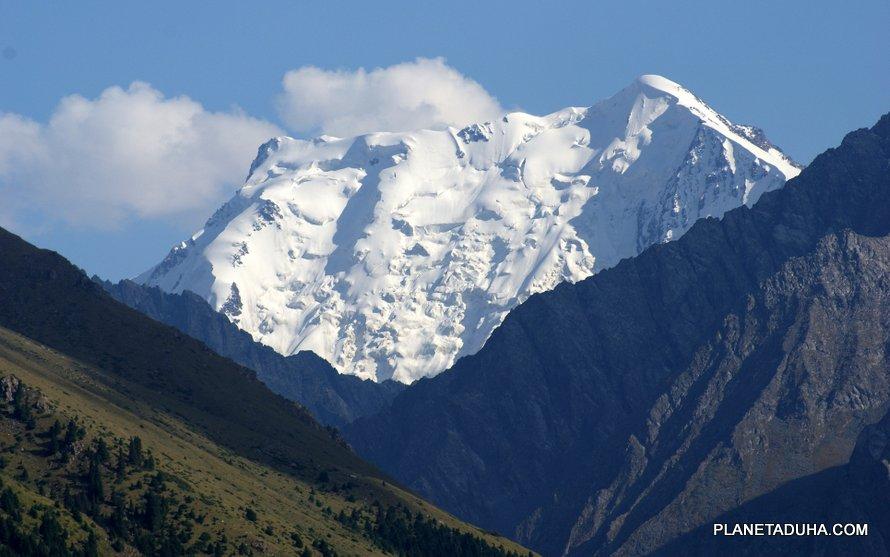 Великая Аксуйская стена – Пик Палатка (5052м.)