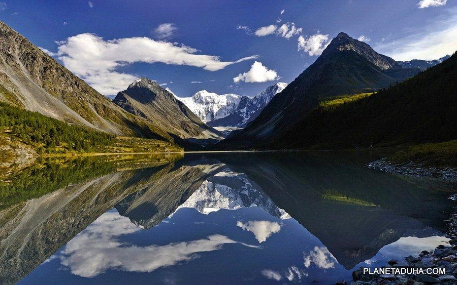 Удивительное зеркало озера Аккем
